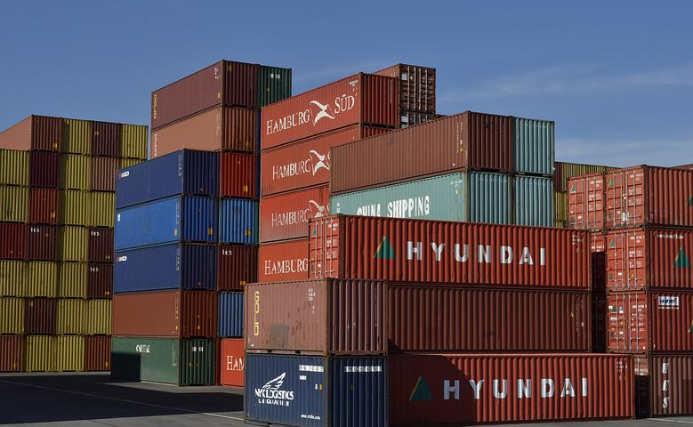 How You Can Save Time And Money With Professional Container Unloading Solutions